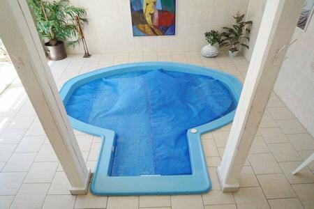 Chaty a chalupy k pronajmutí - Chalupa v Rampuších - bazén